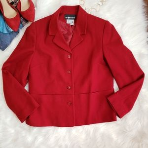 Vintage 100% wool Sag Harbor red blazer